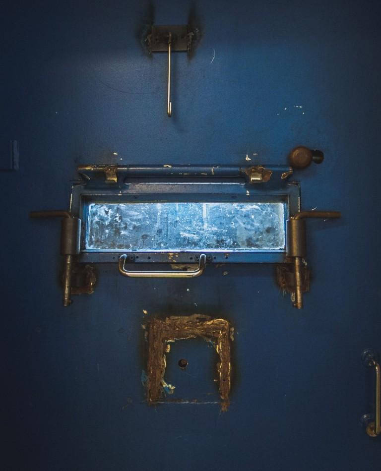 Vankimielisairaala sulki ovensa lopullisesti. Rakennus remontoidaan täysin asuntolakäyttöön ja sellin ovet säilyvät vain muistoina.