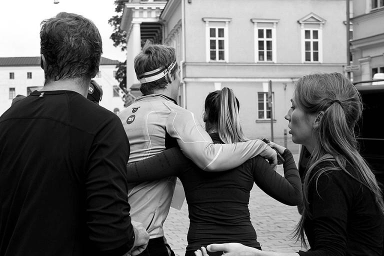 Tyttöystävä Viivia tuki Pekkaa juoksun loppuun saakka.