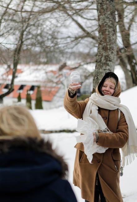 Vuoden laiskiaisen palkintopatsaan suunnitteli Salla Kemppi